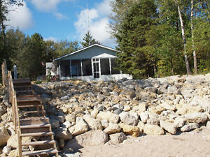 Lakefront Vacation Home Rental Gimli Arnes area