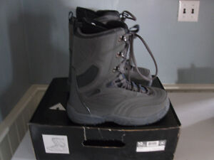 Firefly Snowboard and Boots for Sale! Peterborough Peterborough Area image 8