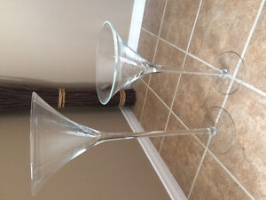 Two tall glass vases Cambridge Kitchener Area image 1