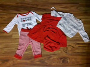 2 Christmas Outfits for Baby Girl (3 months)