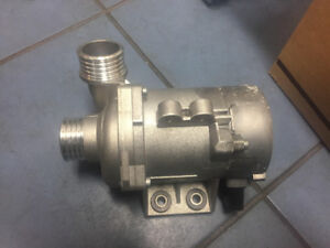BMW Water Pump NEW ORIGINAL 11517586925