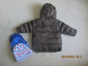 Baby Gap Winter Jacket 2T With 3 Winter Hats & Mittens ALL $15 London Ontario image 3