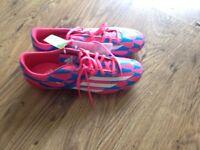 Men's 11 adidas Astro boots f10