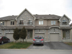3 bedroom townhouse minutes to downtown Ottawa