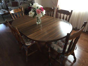 Dining Room Set (table, chairs, china cabinet/hutch) NEW PRICE