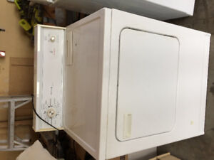 Kenmore large capacity dryer. Natural gas hookup