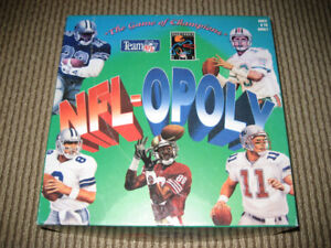 NFL-OPOLY Vintage Football Board Game 1994