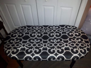 Padded coffee table with tray