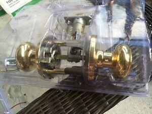 Weiser Brass Inside Door Handle sets 10 Total
