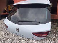 Seat Leon 2015 Cupra R boot lid