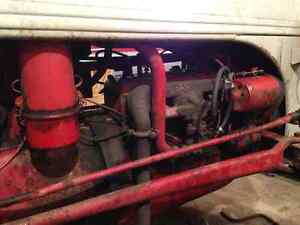 Ford Ferguson 2N Tractor - Great Compact Tractor Windsor Region Ontario image 4
