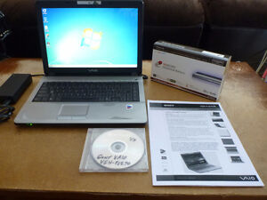 "Sony VAIO 14.1"" 1.86Ghz 2GB 120GB Laptop Notebook Win7 Warranty"