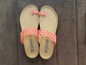 Women's size 42 Mephisto Sandal.