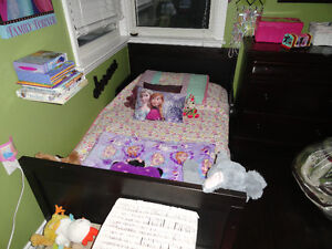 IKEA 2 and 1 Nursery Set: Crib - Daybed to Double Bed w/Mattress London Ontario image 5