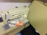 singer sewing machine 522 for repair or spares