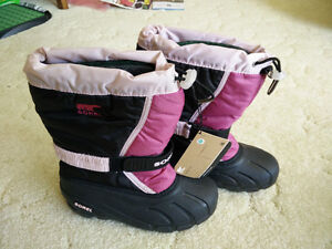 Brand new Sorel winter boots for girls, youth size 3 London Ontario image 2