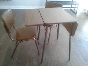 Mid Century Formica and Vinyl Drop Leaf Table and 2 Chairs