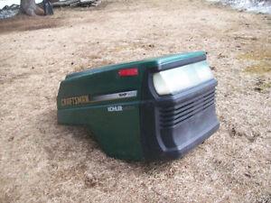 Capot ( hood) de tracteur CRAFTSMAN
