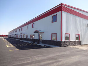 Industrial Shop for Lease, Large Yard, 3200-9600 SF, 22' Ceiling