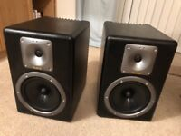 Tapco S8 active monitors-leads included