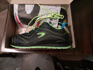 Brand new Cofra safety shoes--Size 12
