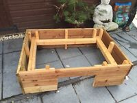 Large Whelping box ( for puppies etc)