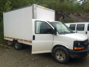 2004 Chevrolet Express cube 12 pieds