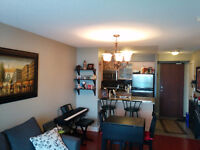 Location! Beautiful 1 bed/1 bath at Yonge St and 401