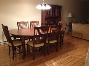 Dining room set -MUST SELL- OBO West Island Greater Montréal image 1