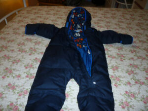Columbia one piece snow suit  Size 6 -12 months