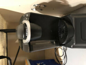 Keurig k-classic k55 for sale with pod holder