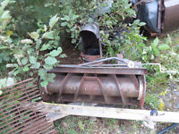 Snowblower for a Lawn TRACTOR & 8 hp briggs and stratton