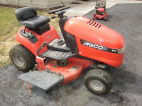 Ride on lawn tractor Agco 515 excellent condition