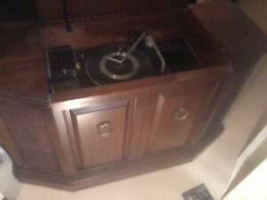 Record player cabinet Kitchener / Waterloo Kitchener Area image 2