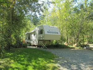 RV pads and RVs set up on pads for rent