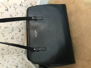 Selling brand new Kate Spade purse!