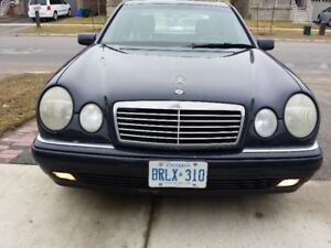 1998 Mercedes-Benz E-Class Sedan E-320
