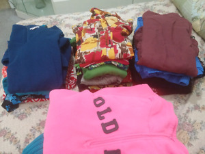 Gently used total 25 women mixed clothes size large for $40.