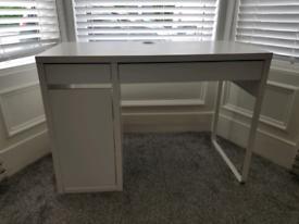 IKEA Micke Computer Desk White Excellent Condition