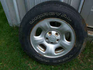 JEEP RIMS AND TIRES SET OF 4 London Ontario image 3