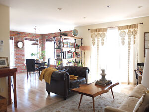 Stunning 2 BR w/ Balcony steps from Atwater Market and Canal