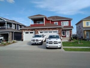 new house, dbl Garage, lakeview, Morinville