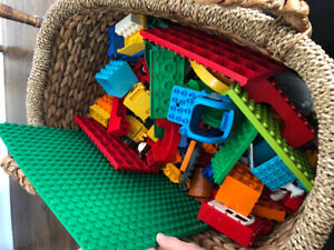100s of Duplo Pieces for Sale