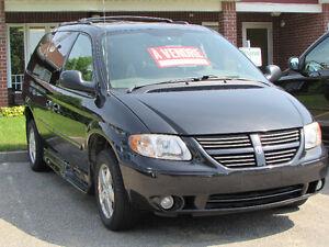 Dodge Caravan sxt 2006 adapté fauteuil roulant