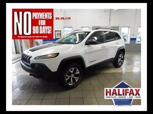 2016 Jeep CHEROKEE TRAILHAWK  LOADED!!!!  INCLUDES NAVIGATION!