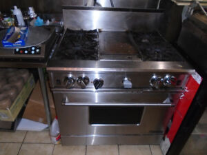 Garland GAS 4 BURNER griddle and convection oven