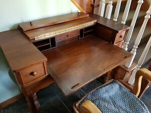 antique desk, dropleaf extension in impeccable condition with do