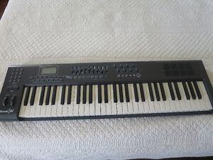Clavier contrôleur M-AUDIO Axiom 61