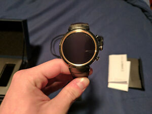 Asus Zenwatch 3 with screen protector -- Minimal use