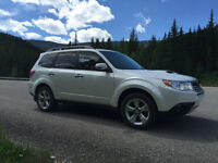 2013 Subaru Forester XT Limited - Leather, Navi, turbo, 36,500km